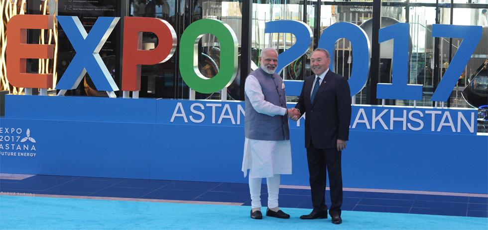 President Mr. Nursultan Nazarbayev receives Prime Minister Shri Narendra Modi at the inauguration of Astana EXPO on 9th June, 2017