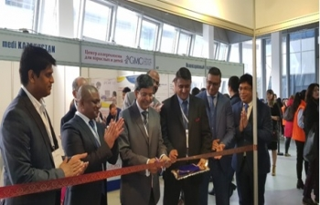 """Inauguration of Indian Embassy Stall at the International Kazakhstan Healthcare Exhibition """"Astana Zdorovie"""" on 24.10.2019 in Nur-Sultan."""